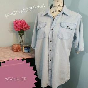 Wrangler Denim Medium Button Up Short Sleeve Top